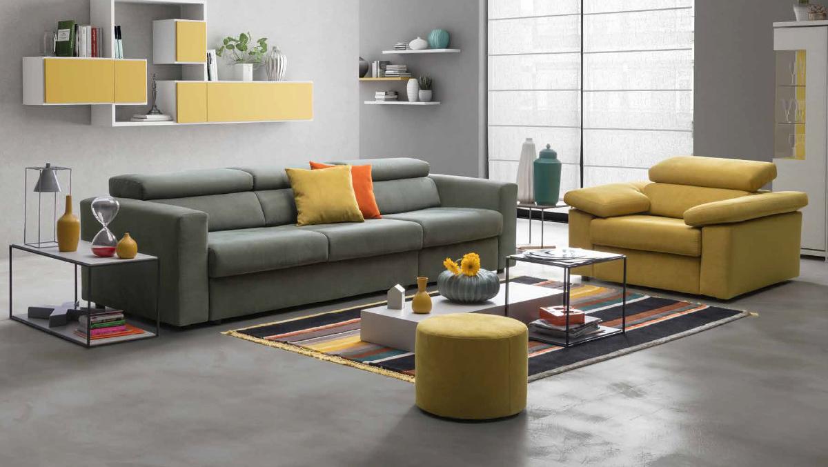 Divano fusion con complementi e tappeti orecchioni mobili for Arredamento tappeti